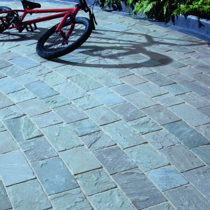 DRIVEWAY PAVERS - 'De Terra' Promenade-Natural Sandstone with an Aged Finish