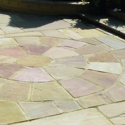 PAVING CIRCLE FEATURE KIT - 'Classicstone' Harvest - Natural Sandstone with a Cleft Finish
