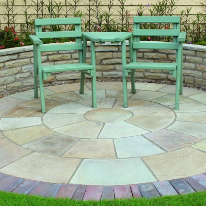 PAVING CIRCLE FEATURE KIT - 'Classicstone' Golden Fossil - Natural Sandstone with a Cleft Finish
