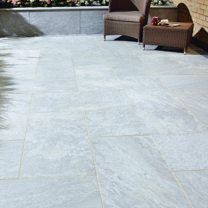 PATIO PAVERS - 'Vitripiazza' Nuvola-Porcelain with a Natural Stone Appearance